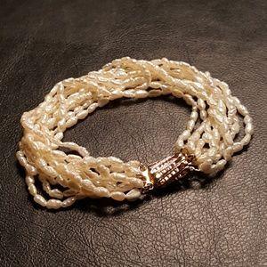 10 strand high quality pearl bracelet